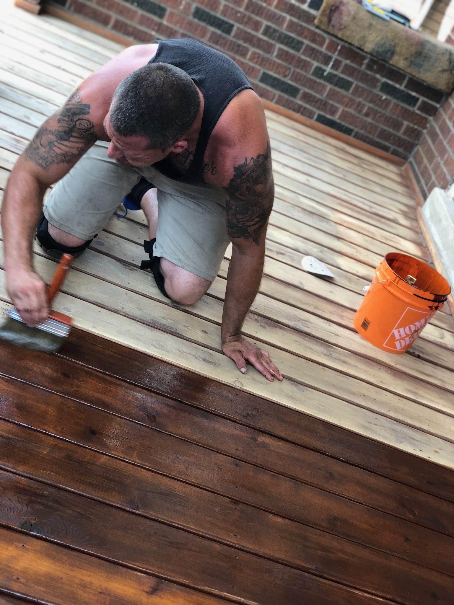 Fence and Deck Staining in Toronto Area